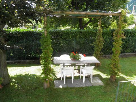Bild von Ferienhaus am Comersee Fiorita_Lenno_20_Garten