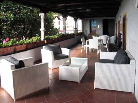 foto di casa vacanza Mariucca_Camelia_754_Lesa_10_Balkon