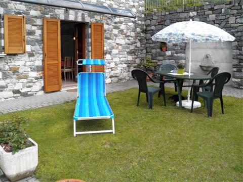 Bild von Ferienhaus am Comersee Rosanna_Gera_Lario_20_Garten