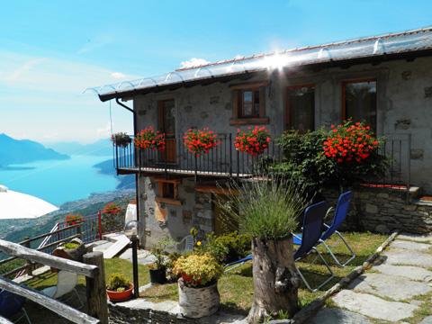 foto di casa vacanza Zertin_Typ_2_Peglio_10_Balkon