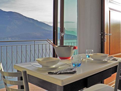 Bild von ferienhaus am Comersee Lori_Domaso_10_Balkon