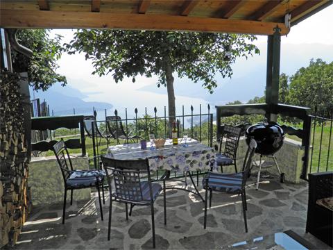 Bild von ferienhaus am Comersee Melissa_Primo_Vercana_10_Balkon