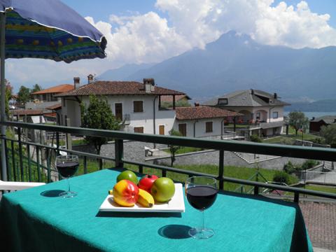 Bild von ferienhaus am Comersee Rosi_Vercana_10_Balkon