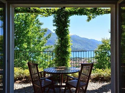 Bild von ferienhaus am Comersee Tony_Gravedona_10_Balkon